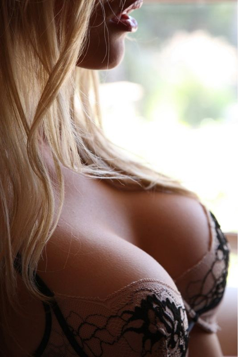 Hot Blonde Cleavage - Not my picture.