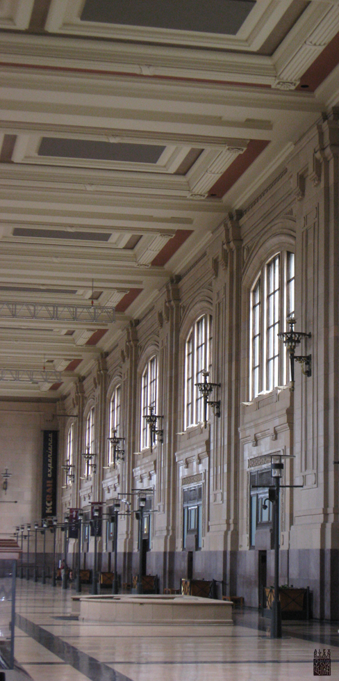 The north waiting area of Union Station